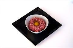 Carne tritata con l'uovo Fotografia Stock Libera da Diritti
