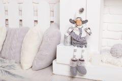 Carneiros 2017 macios do brinquedo da caixa de presente do conceito do Natal e do ano novo Imagem de Stock