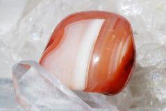 carneol晶族被放置的石英 图库摄影