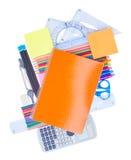 Carnet avec des fournitures scolaires Photos stock