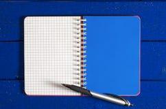 Carnet et stylo Photo libre de droits
