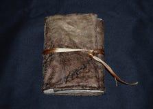 Carnet fait main dans une couverture molle de textile, vue de face Photographie stock