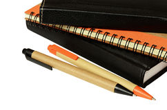Carnets et stylos Photographie stock libre de droits