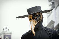 Carneval面具医生在威尼斯-威尼斯式服装 库存图片