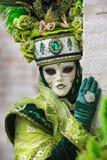 Carneval面具在威尼斯-威尼斯式服装 免版税库存图片