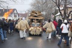 Carnevalauto met masker Royalty-vrije Stock Foto's