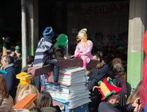 carnevale 35° un Scampia - una Nápoles Italia Imagenes de archivo