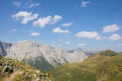 Carnic从Geo足迹Wolayersee的阿尔卑斯视图在Lesachtal克恩顿州奥地利 免版税库存图片