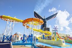 Free Carnival Elation Cruise Water Slides, Park On The Top Deck Royalty Free Stock Photography - 175112087