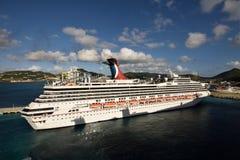 Carnnival Sunshne komt in St Maarten, de Caraïben aan Royalty-vrije Stock Afbeelding
