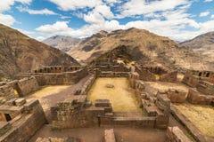 Caro vista do vale sagrado, Peru de Pisac fotos de stock