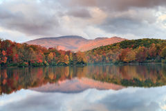 Carolina Price Lake Autumn Blue norte Ridge Fotografia de Stock Royalty Free
