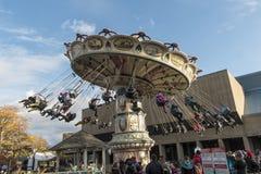 Carosello del parco di divertimenti di Ronde della La Fotografia Stock