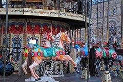 Carosello festivo decorato della rotonda a Mosca immagine stock