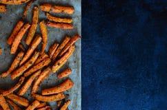 Carottes de pommes frites adaptées Images stock