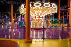 Carousel в бежать, съемка объективом Наклон-переноса Стоковое фото RF