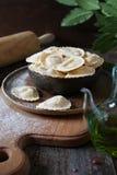 carpaccio kuchni doskonale stylu życia, jedzenie luksus włoski Ricotta oliwki i pierożka surowy oi Obraz Stock