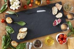 carpaccio kuchni doskonale stylu życia, jedzenie luksus włoski Składniki dla tradycyjnych Włoskich bruschettes Obraz Stock