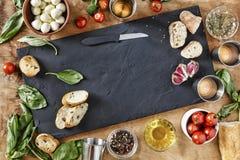 carpaccio kuchni doskonale stylu życia, jedzenie luksus włoski Składniki dla tradycyjnych Włoskich bruschettes Zdjęcia Stock