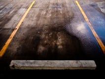 Carpark lene после идя дождь времени Стоковое Изображение
