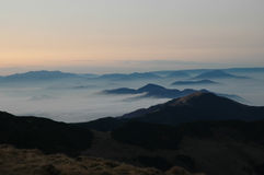 carpathians东部山rodnei日落 免版税图库摄影