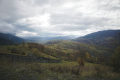 Carpathians, Ουκρανία Ταξίδι στα βουνά στοκ εικόνες