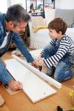 Carpenter's liten hjälpreda Arkivfoto
