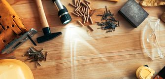 Free Carpenter Woodwork Workshop Desk Top View Copy Space Royalty Free Stock Photography - 141906957