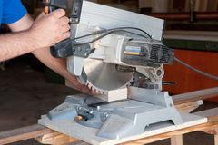 Carpentiere sul lavoro Fotografia Stock