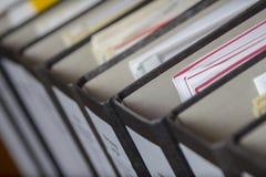 Carpeta con los ficheros y las hojas Imagen de archivo libre de regalías