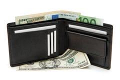Carpeta negra con la ISO de las tarjetas y de los billetes de banco de visita Fotografía de archivo