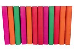 Carpetas coloreadas para los papeles aislados en un fondo blanco Imagen de archivo libre de regalías