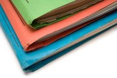 Carpetas coloridas (visión superior) Foto de archivo