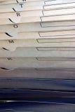 Carpetas de fichero colgantes alfabéticas Fotos de archivo libres de regalías