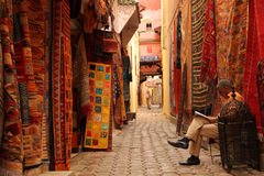 carpets försäljning royaltyfria foton