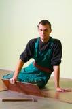 Carpinteiro do trabalhador novo Fotos de Stock Royalty Free