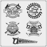 Carpintería y emblemas, etiquetas, insignias y elementos hechos a mano del diseño ilustración del vector
