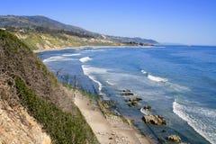 Carpinteria täuscht Landschaftsschutzgebiet-Küstenlinien-Pazifischen Ozean Kalifornien Stockbilder
