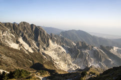 Carrara, cave di marmo bianche fotografia stock libera da diritti