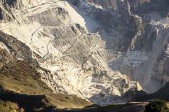 Carrara, weiße Marmorsteinbrüche Lizenzfreie Stockfotografie