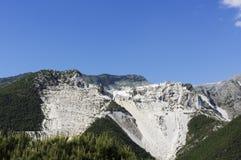 CARRARE - Carrières de marbre blanches Photographie stock libre de droits