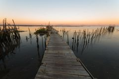 Carrasqueira forntida fiskeport Royaltyfria Bilder