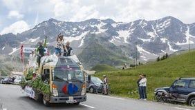 Carrefour pojazd na Col Du Lautaret Zdjęcie Stock