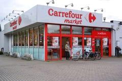 Carrefourmarkt in Belgien Stockbild