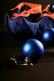 Carregadores do duende do Natal com ornamento Imagens de Stock Royalty Free