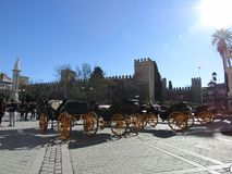 Carrelli del cavallo a Sevilla, Spagna fotografie stock