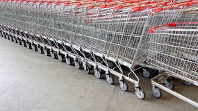 Carrelli del supermercato Immagini Stock Libere da Diritti