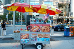 Carrello del hot dog di New York City Fotografia Stock