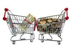 Carrello di acquisto con soldi immagine stock libera da diritti