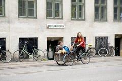 Carrello di bambino della bicicletta Fotografia Stock